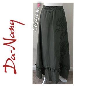 Da-Nang Embroidered Maxi Skirt
